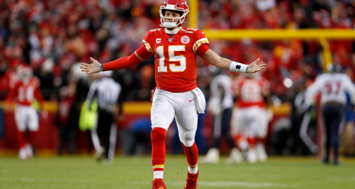 24-0 down? No problem. Mahomes marshalls seven straight touchdown drives in comeback win. Photo: Jeff Roberson - Associated Press