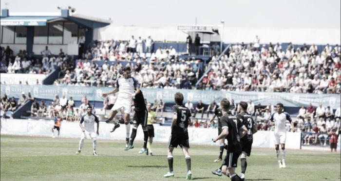 El Marbella consigue igualar la eliminatoria pero cae en penaltis ante el Celta B
