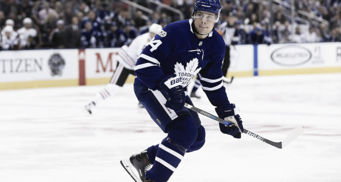 Toronto Maple Leafs centerman Auston Matthews will not play for at least four weeks due to a shoulder injury. (Photo: Rene Johnston/Toronto Star)