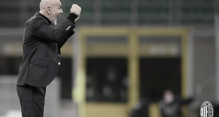 """Apesar de empate, treinador Stefano Pioli elogia atuação do Milan: """"Satisfeito com desempenho"""""""