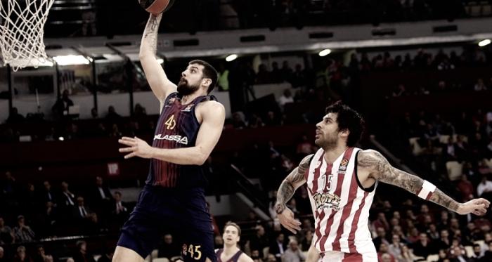 El Barça Lassa quema el Pireo