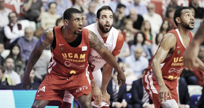 UCAM Murcia - Tecnyconta Zaragoza, suman y siguen