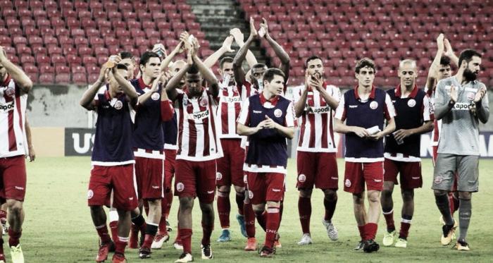 Náutico vence Ponte Preta, mas não reverte vantagem e está eliminado da Copa do Brasil