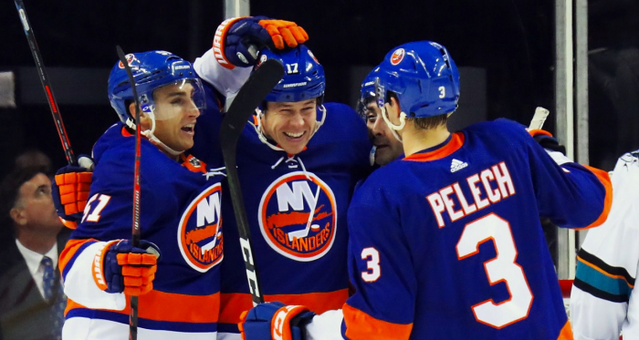 The amazing New York Islanders are a surprising team without John Tavares. | Photo: eyesonisles.com)