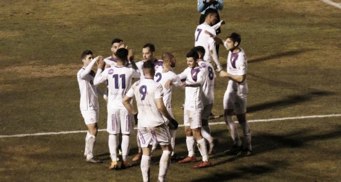 Jugadores del Real Jaén celebran uno de sus tantos /Foto: Tomás Díaz