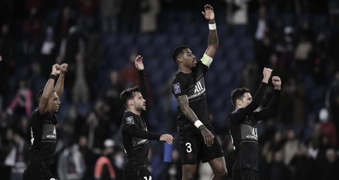 Mbappé decide no fim, PSG vira sobre Angers e se recupera na Ligue 1