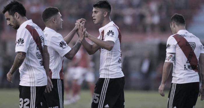 Exequiel Palacios y Juanfer Quintero anotaron en el último cotejo entre ambos equipos (Foto: Clarín - Germán García Adrasti)