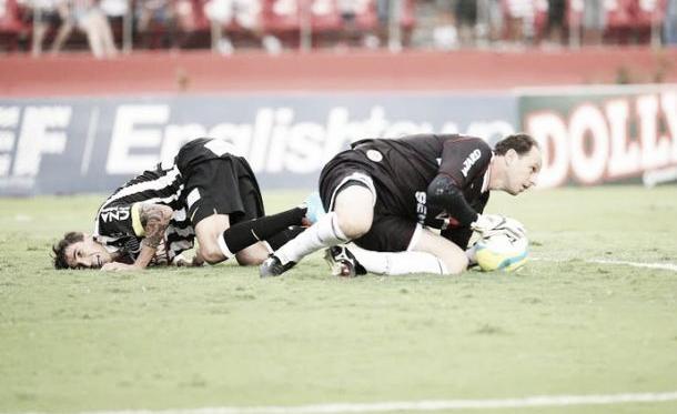 Após empate no clássico, Ceni vê São Paulo melhor e projeta vitória na próxima rodada