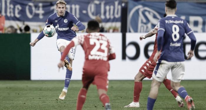 Schalke fica no empate com Mainz e ambos seguem na zona de rebaixamento