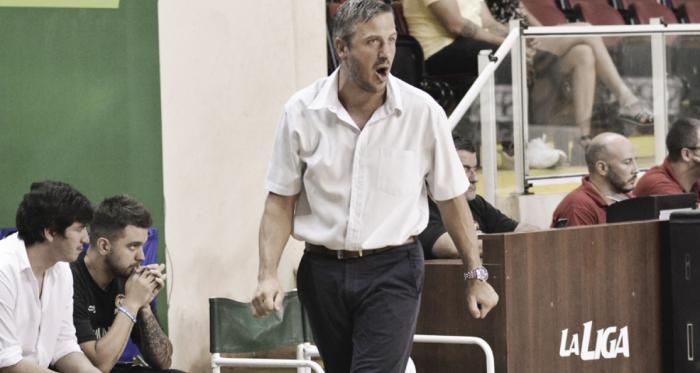 Sebastián González, director técnico de San Martín. Foto: LNB Contenidos
