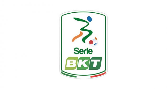 Serie B - Il Crotone sbanca l'Adriatico: battuto il Pescara 0-3