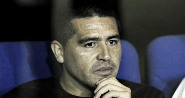 Riquelme se mostró triste e indignado por la emboscada de un grupo de hinchas de River contra el micro de Boca que se dirigía al estadio, hecho que dañó la salud de los futbolistas 'Xeneizes'.