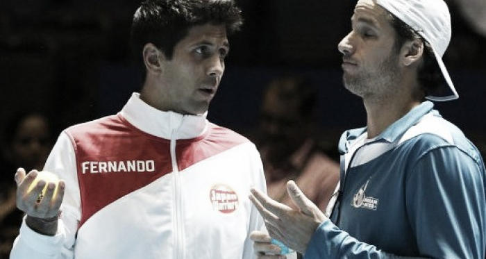 Fernando Verdasco (left) and Feliciano Lopez talk on Wednesday at the IPTL. Photo: IPTL