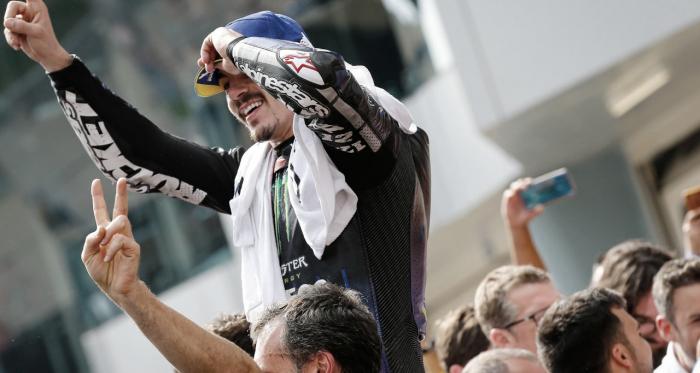 Maverick Viñales ha subido a lo más alto del podio. Imagen: MotoGP