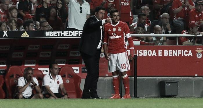 Luz gelada na estreia: Vitória experimentou e Vitória fez o Benfica pagar