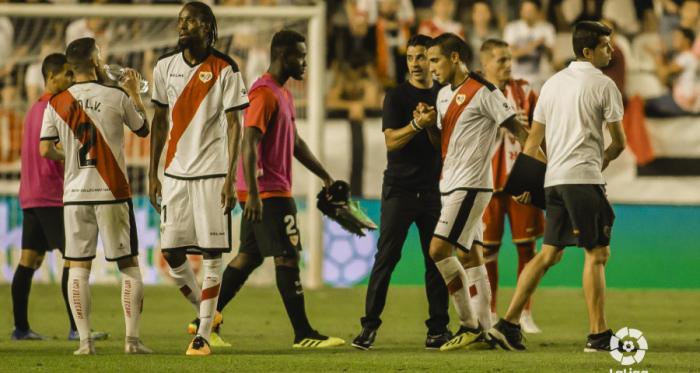 Jugadores del Rayo Vallecano al final del partido | Fotografía: La Liga