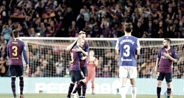 Coutinho decanta el homenaje al fútbol