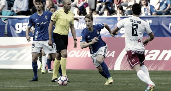 Real Oviedo y SD Huesca firman un empate que a ambos sabe a poco