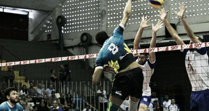 Wallace jogou em alto nível contra o Minas (Foto: Vinicius Lima/Divulgação)