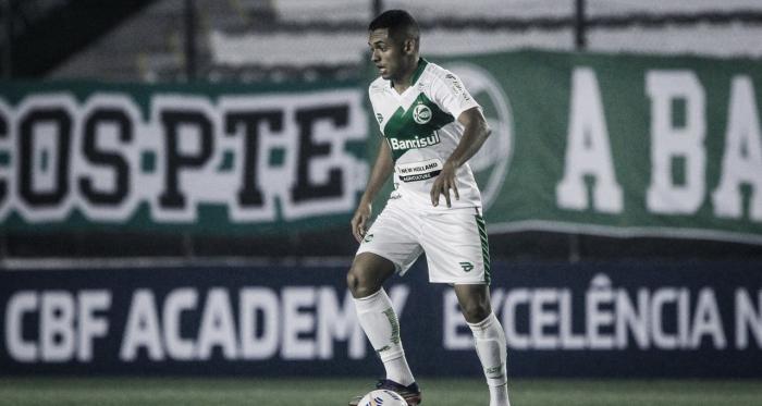Dawhan comemora estreia com vitória pelo Juventude