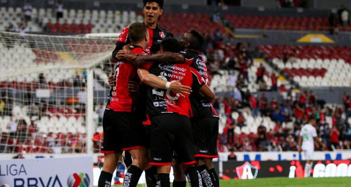 Atlas triunfa por primera ocasión en el Apertura 2021