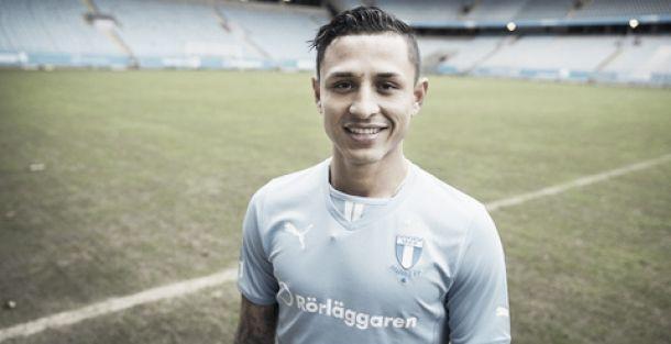Yoshimar yotún juega de lateral izquierdo y proviene de Sporting Cristal, equipo con el que salió campeón en 2012 y 2014 (Foto: Malmö FF).