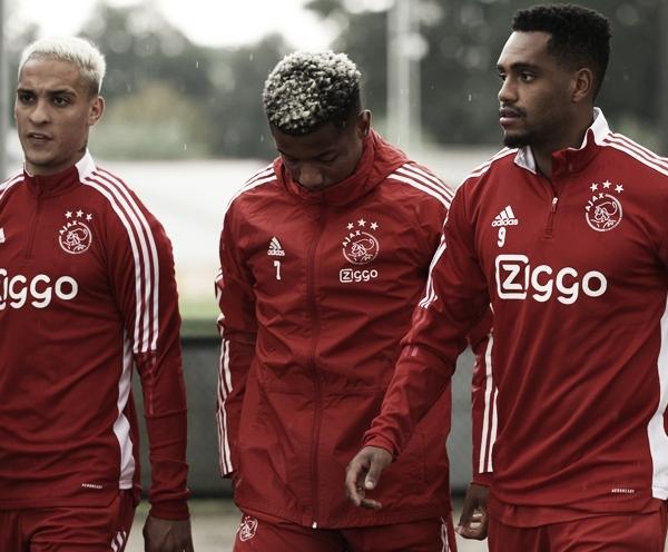 Ajax x Cambuur AO VIVO: onde assistir ao jogo em tempo real pela Eredivisie