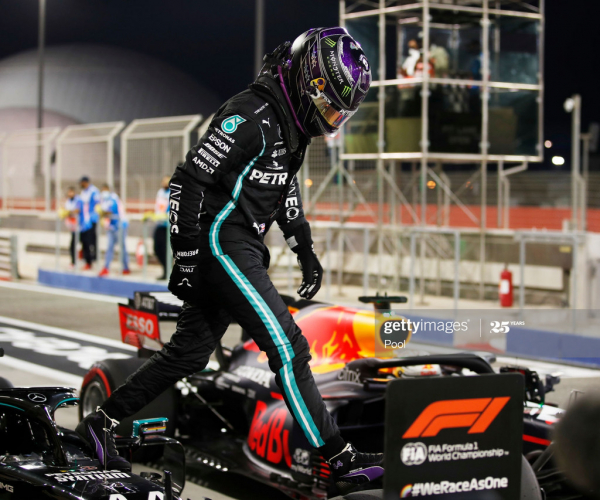 Mercedes take the top two spots, as Hamilton clinches pole - Bahrain GP Qualifying