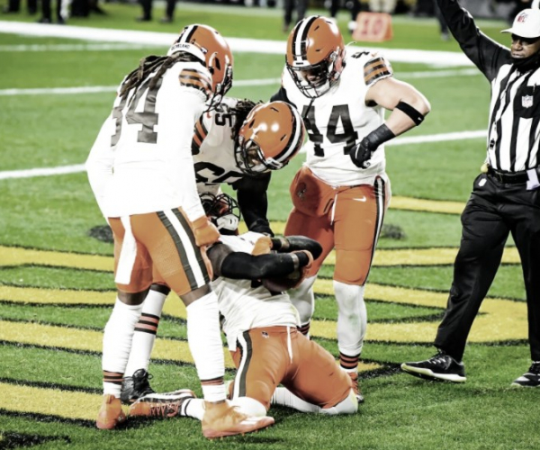 Browns fazem início arrasador e derrubam Steelers no Heinz Field