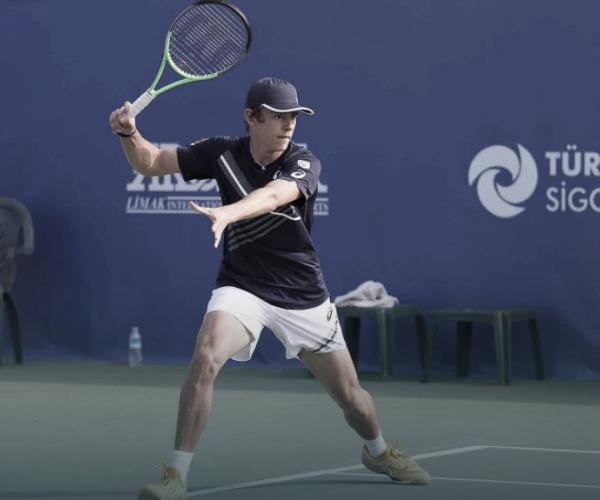 De Minaur conta com desistência de Bublik e vence ATP 250 de Antalya