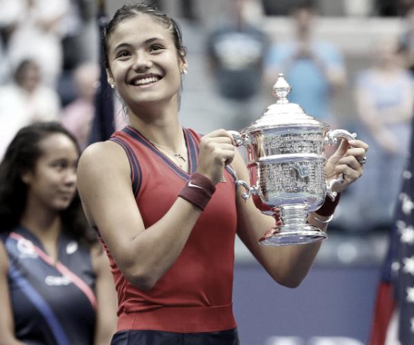 Emma Raducanu, la precoz campeona que irrumpe  en el tenis