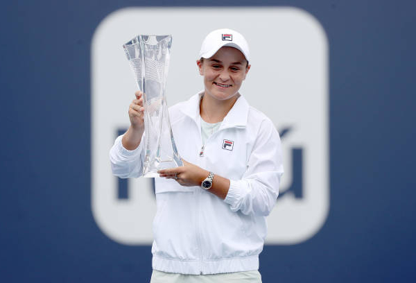 WTA Miami: Ashleigh Barty retains title after Bianca Andreescu retires