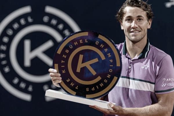 Ruud logra su tercer título consecutivo en Kitzbühel