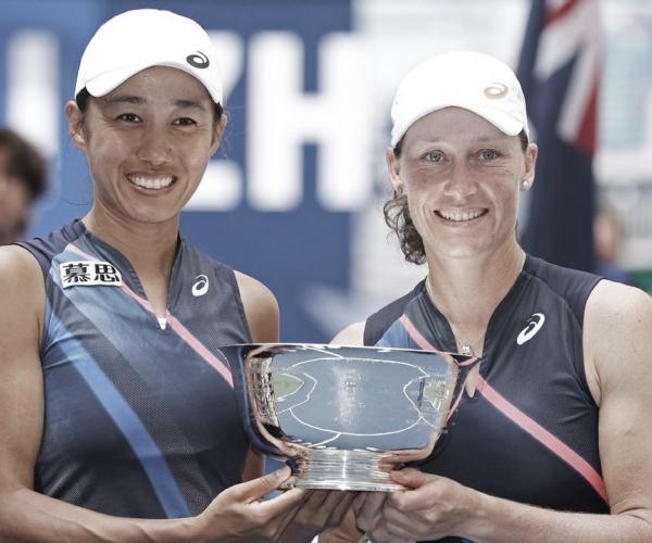 Stosur/Shuai estragam festa americana e vencem Gauff/McNally na final do US Open