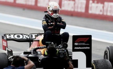 Red Bull y Verstappen se la devuelven a Mercedes y Hamilton