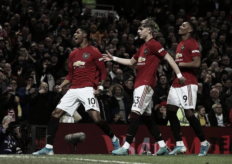 Manchester United goleia Norwich em Old Trafford e conquista primeira vitória em 2020