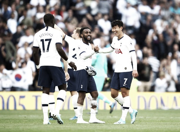 Tottenham massacra Crystal Palace e se recupera na Premier League