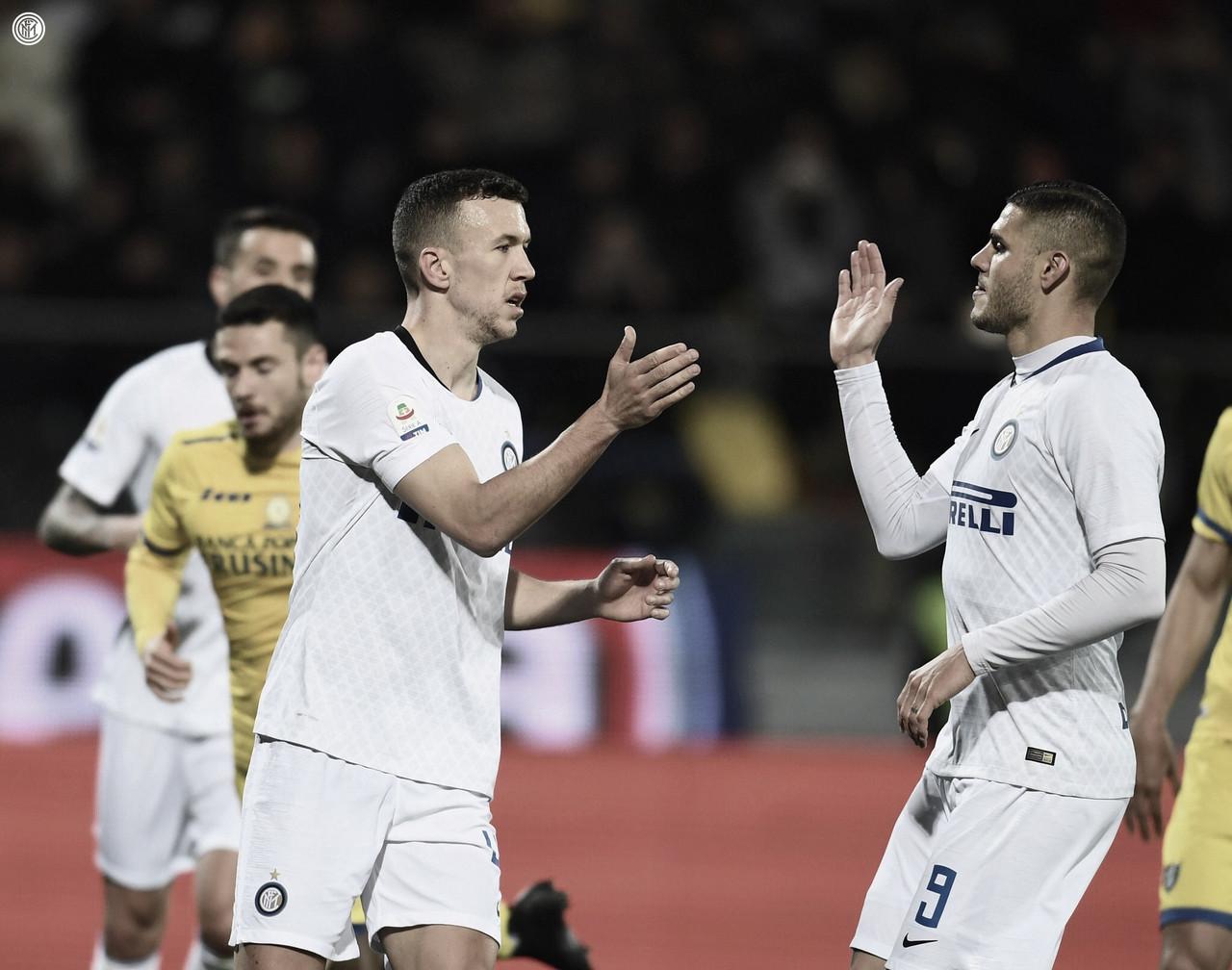 Internazionale bate Frosinone e abre vantagem na briga pela Champions League