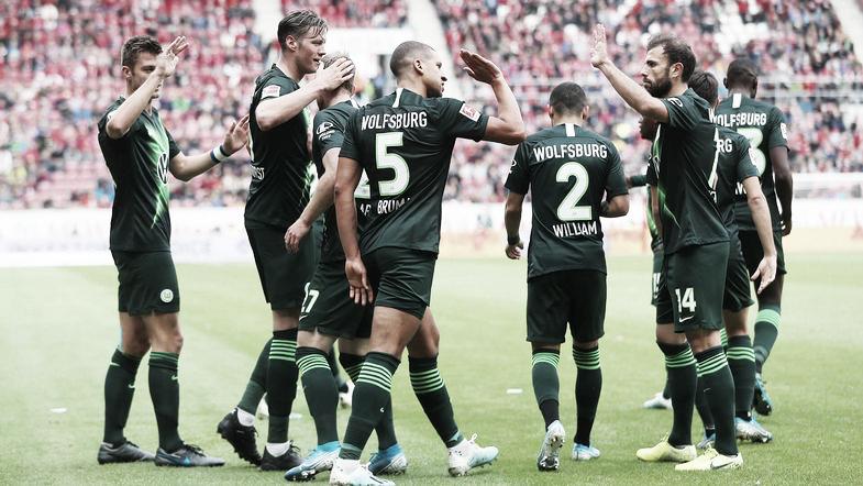 Mainz 05 perde para Wolfsburg em casa e permanece no descenso