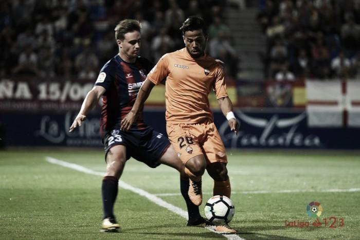 El CF Reus consigue un punto valiosísimo tras persistir en Huesca