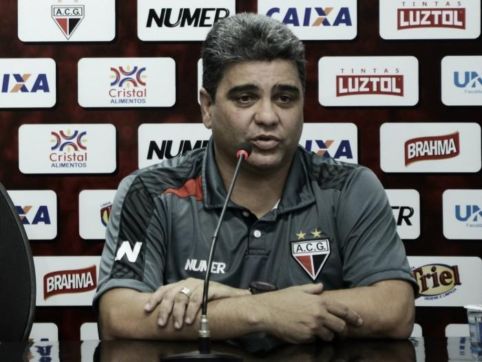 """Marcelo Cabo lamenta chances perdidas diante do Londrina: """"Não conseguimos concluir"""""""