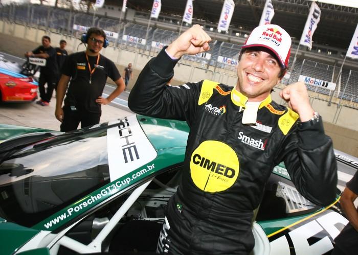 Caca Bueno crava pole na abertura do campeonato de Endurance da Porsche GT3 Cup Challenge