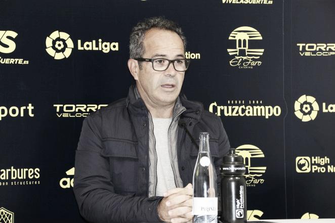 """Álvaro Cervera: """"Si jugamos como quieren, nos pueden crear mucho peligro"""""""