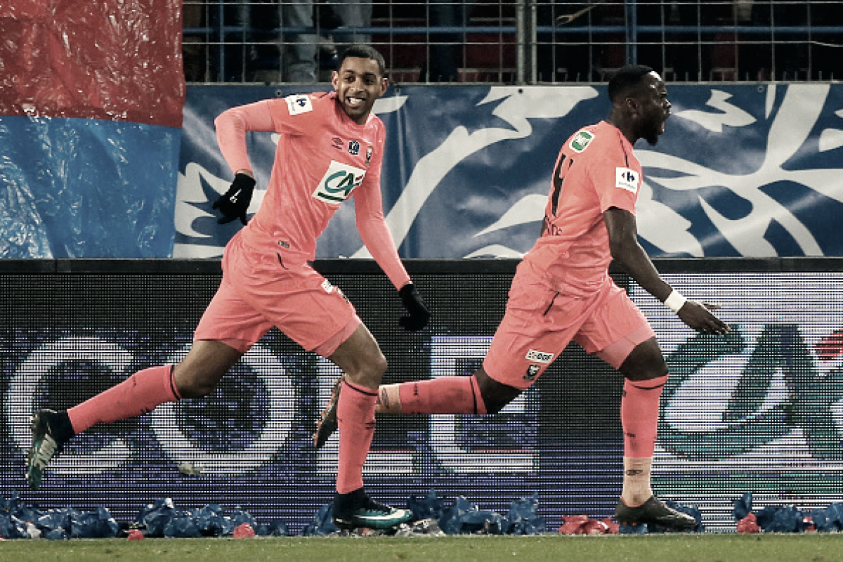 Caen surpreende, derrota Lyon e avança à semifinal da Copa da França
