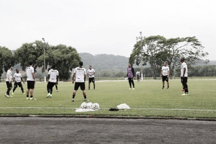 Ainda com mistério na escalação, Ceará encerra preparação para jogo mais importante do ano
