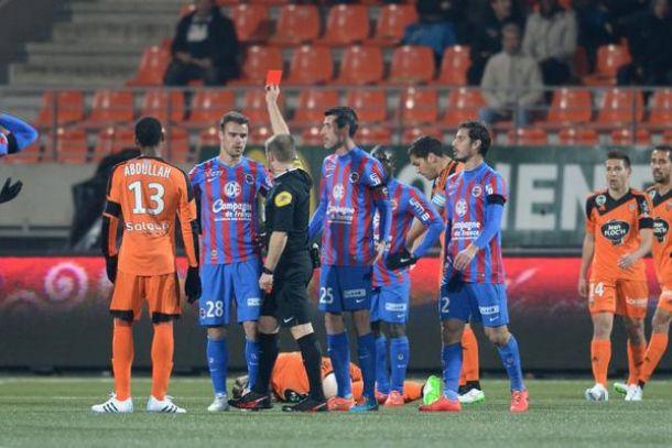 Lorient venció al Caen y le alcanzó