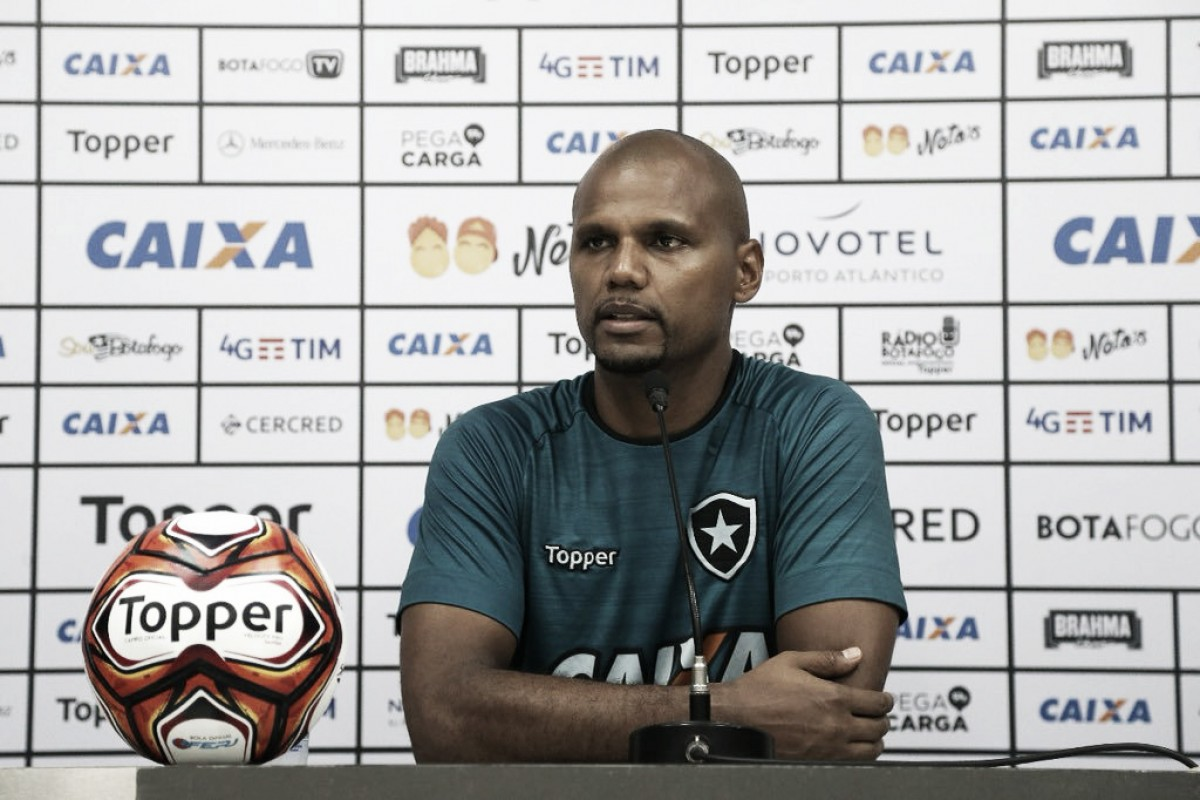 """Jefferson atinge recorde com camisa do Botafogo e enfatiza: """"É bom fazer história aqui"""""""