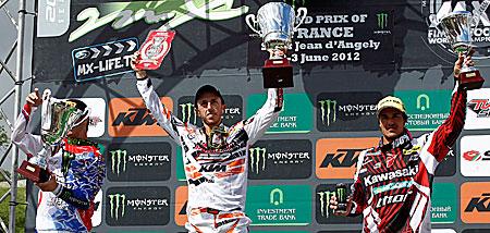 Motocross: Cairoli detta legge in Francia