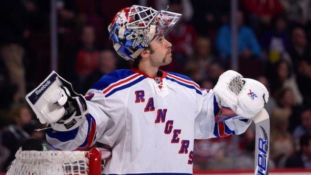 Cam Talbot extiende su contrato un año más con los Rangers