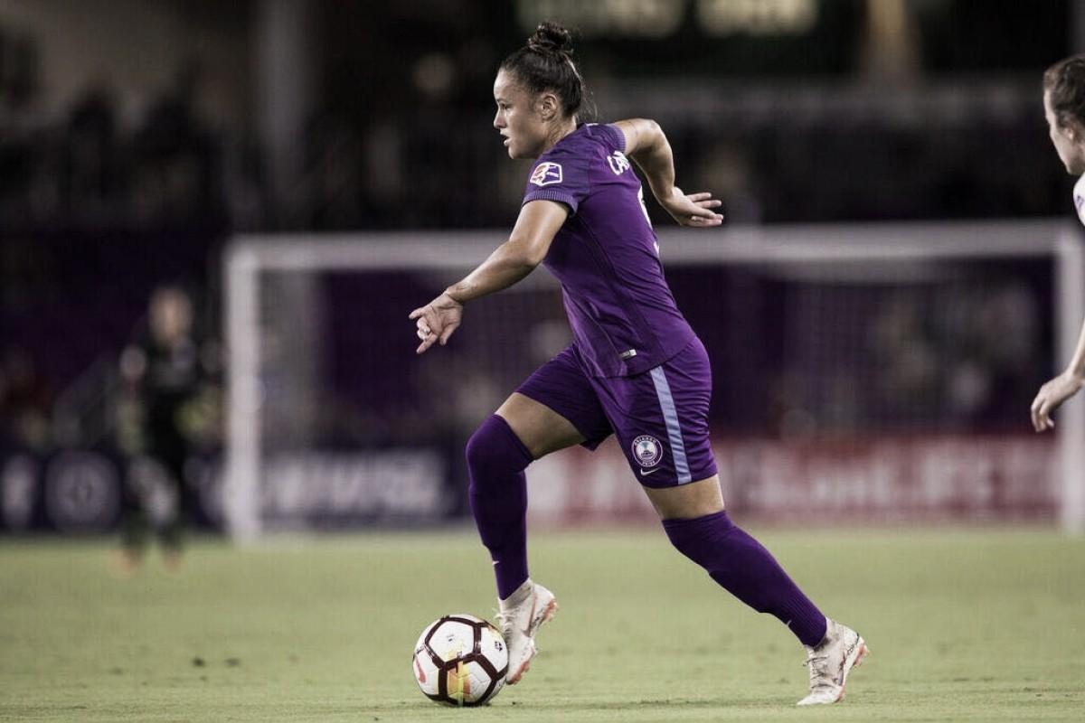 """Camilinha comemora nova oportunidade na Seleção: """"Sempre uma honra"""""""